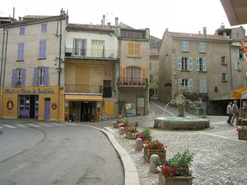 Valensole - Tourism, holidays & weekends guide in the Alpes-de-Haute-Provence