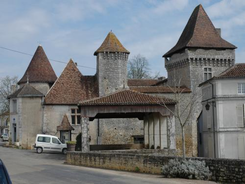 Varaignes - Tourism, holidays & weekends guide in the Dordogne