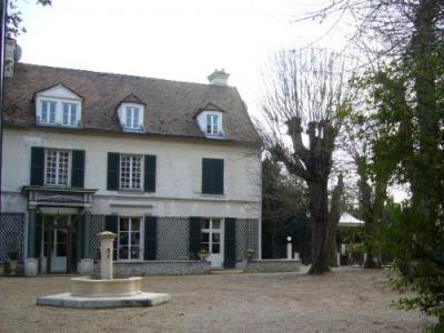 Varennes jarcy tourisme vacances week end for Code postal mandres les roses