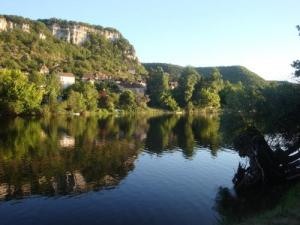 The Dordogne and Mezels