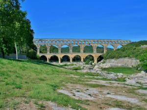 the Roman bridge (© JE)