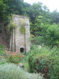 Old Lime Kiln (1912 - 1913) before restoration