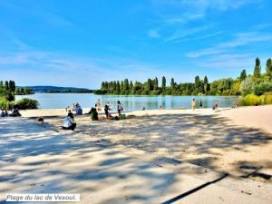Lake Beach in late September ( © Jean Espirat )