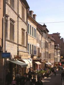 A shopping street in Vesoul