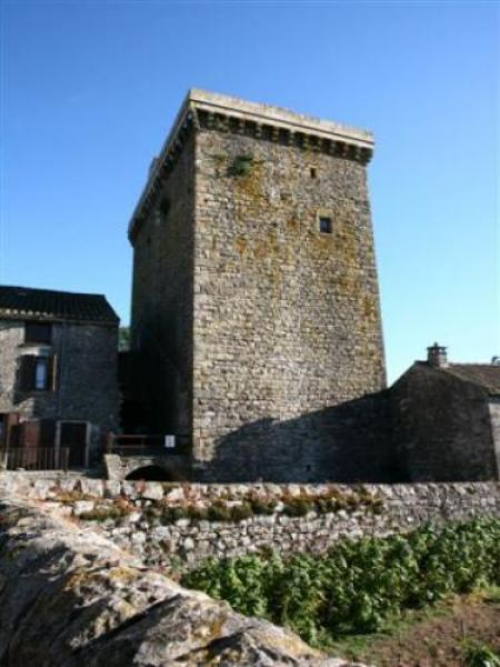 Viala-du-Pas-de-Jaux - Tourism, holidays & weekends guide in the Aveyron