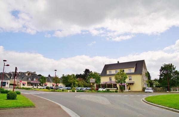 Villers bocage tourisme vacances week end for Piscine du bocage