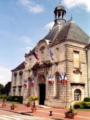Vitry le fran ois tourism holiday guide for Garage vitry le francois