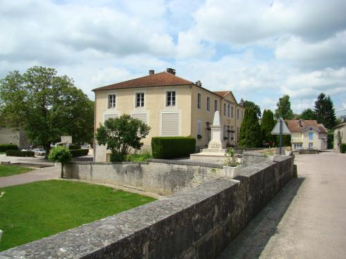 Vouécourt - Tourism, holidays & weekends guide in the Haute-Marne