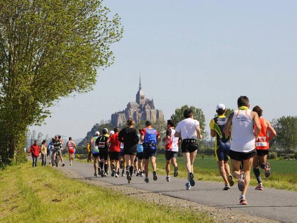 marathon du mont michel 201 v 232 nement au mont michel