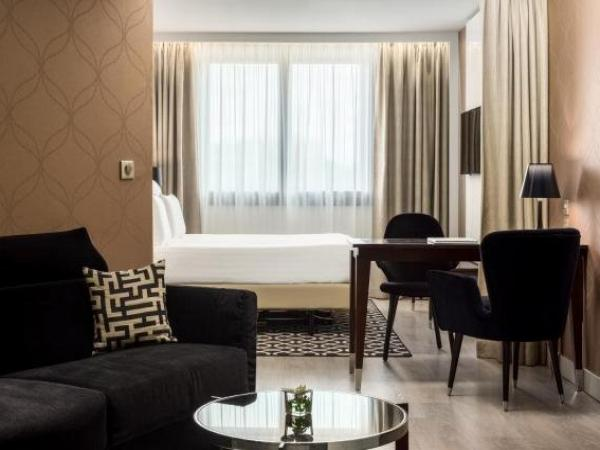 Ac hotel paris porte maillot by marriott hotel in paris for Hotel paris porte maillot