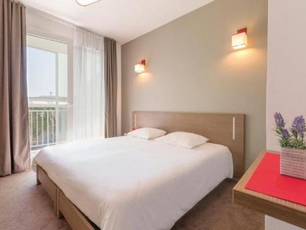 appart 39 city cherbourg centre port h tel cherbourg en cotentin. Black Bedroom Furniture Sets. Home Design Ideas