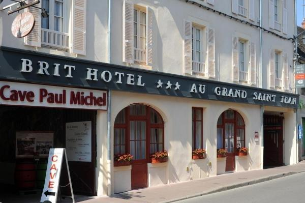 Au Grand Saint Jean - Holiday & weekend hotel in Beaune