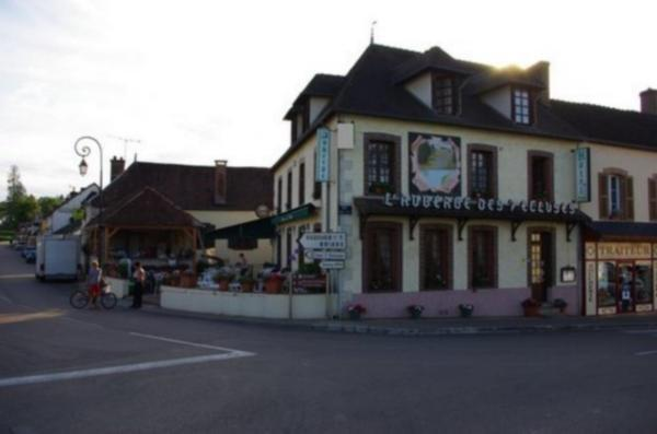 Auberge des 7 Ecluses - Holiday & weekend hotel in Rogny-les-Sept-Écluses