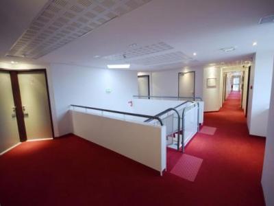 best hotel sanc m con h tel m con. Black Bedroom Furniture Sets. Home Design Ideas