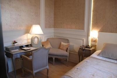 chartres gu a turismo y vacaciones. Black Bedroom Furniture Sets. Home Design Ideas