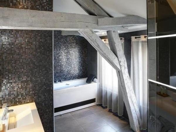 best western de la poste h tel troyes. Black Bedroom Furniture Sets. Home Design Ideas