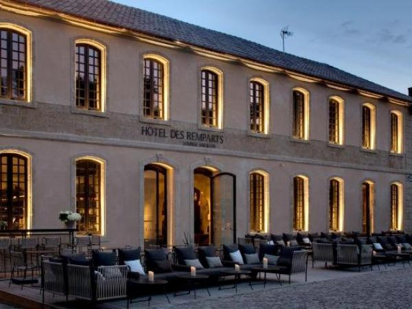 Boutique Hôtel des Remparts & Spa - Holiday & weekend hotel in Aigues-Mortes