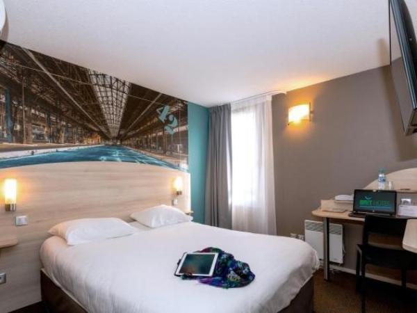 Brit Hotel La Rochelle P U00e9rigny