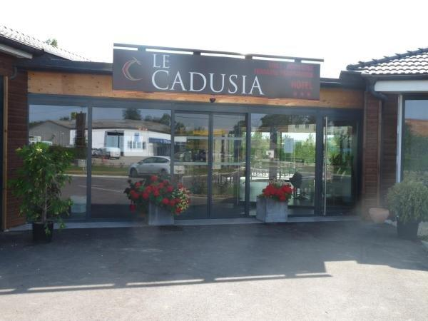 Le Cadusia - Holiday & weekend hotel in Chaource