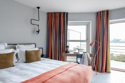 castelbrac hotel in dinard. Black Bedroom Furniture Sets. Home Design Ideas
