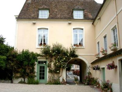 La cha ne d 39 or hotel in les andelys for Chaine hotel