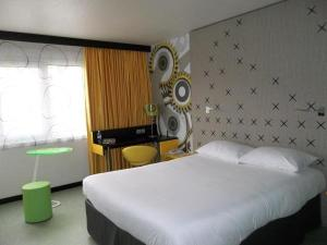 ibis styles besan on h tel besan on. Black Bedroom Furniture Sets. Home Design Ideas