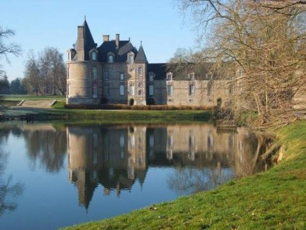 Chateau de Canisy - Hotel vacanze e weekend a Canisy