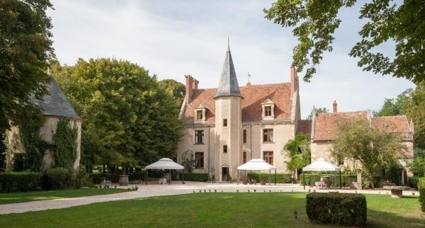 Château - Hôtel Le Sallay - Hotel vacanze e weekend a Magny-Cours