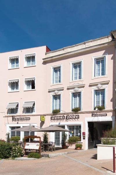 Grand Hotel Pelisson - Holiday & weekend hotel in Nontron