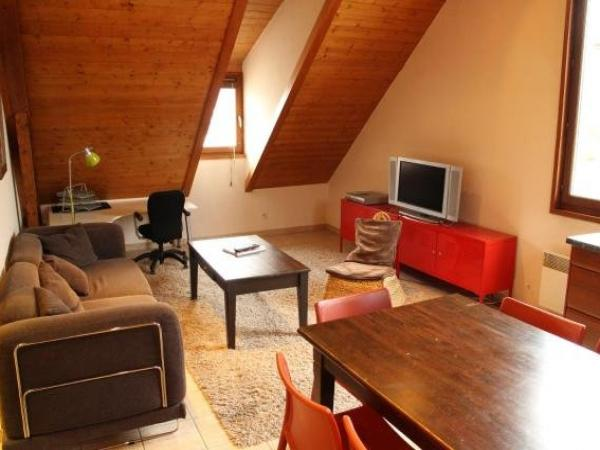Les Z'hirondelles - Holiday & weekend hotel in Annecy
