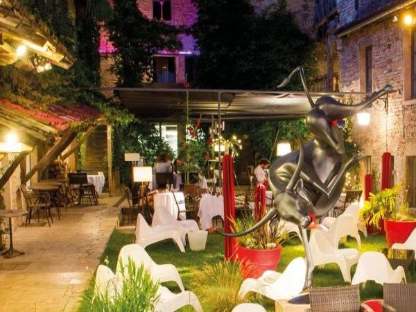 Hostellerie Le Potin Gourmand - Holiday & weekend hotel in Cluny