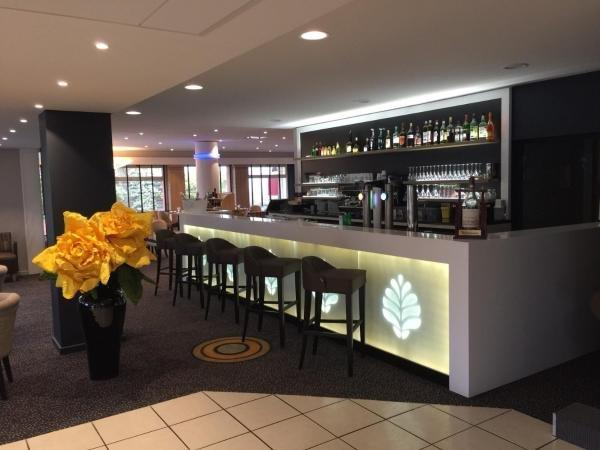 Hostellerie Saint Vincent Beauvais - Holiday & weekend hotel in Beauvais