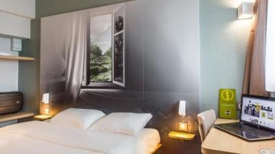 b b h tel agen h tel agen. Black Bedroom Furniture Sets. Home Design Ideas