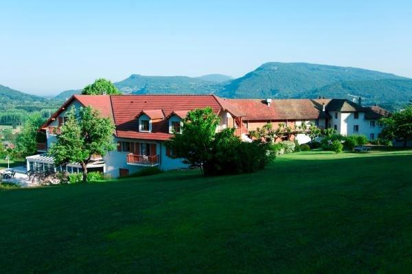 Hôtel les Bergeronnettes - Holiday & weekend hotel in Champagneux