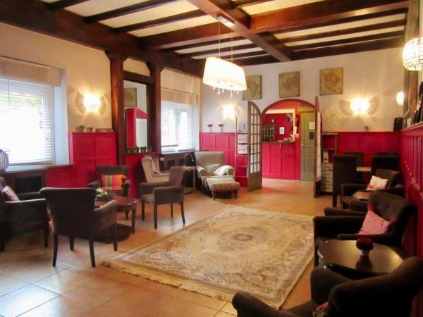 h tel des causses h tel millau. Black Bedroom Furniture Sets. Home Design Ideas