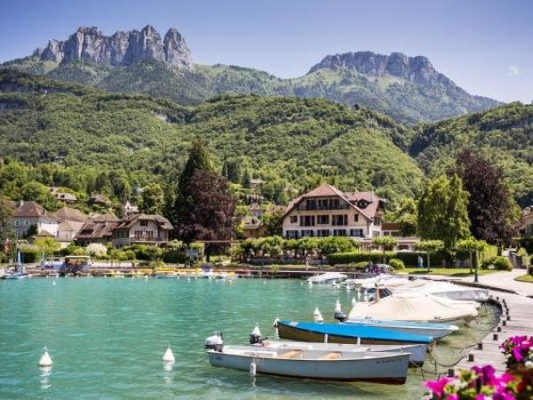 Hotel Cottage Bise Talloires Lac D Annecy Holiday Weekend In
