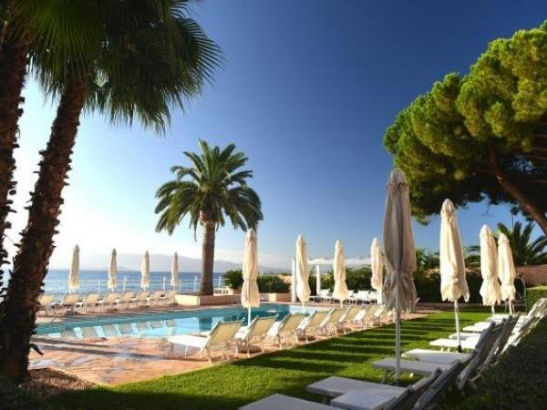 Hôtel-Demeure Les Mouettes - Chateaux et Hotels Collection - Holiday & weekend hotel in Ajaccio
