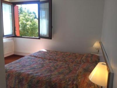 h tel economique le pavillon h tel gap. Black Bedroom Furniture Sets. Home Design Ideas