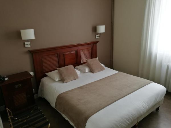 hotel l 39 europe cholet gare h tel cholet. Black Bedroom Furniture Sets. Home Design Ideas