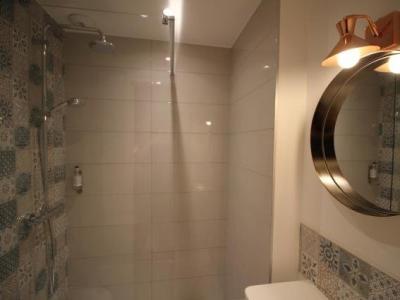 h tel la fontaine caen centre hotel in caen. Black Bedroom Furniture Sets. Home Design Ideas