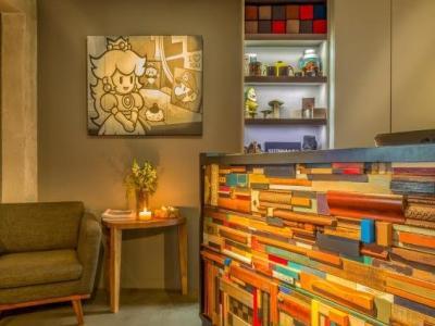 h tel jules jim h tel paris. Black Bedroom Furniture Sets. Home Design Ideas
