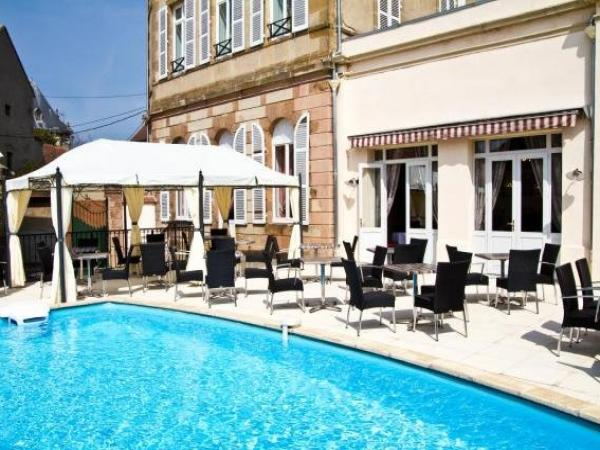 Hôtel De Paris - Holiday & weekend hotel in Moulins