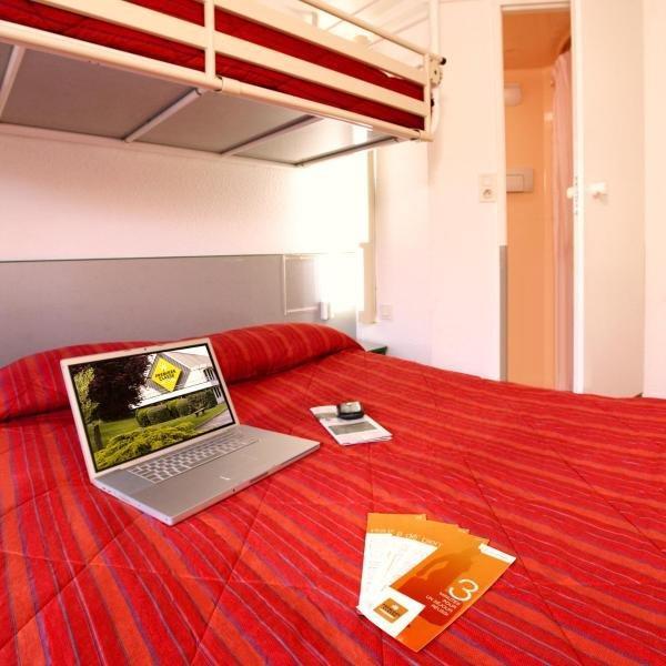 h tel premiere classe pamiers h tel pamiers. Black Bedroom Furniture Sets. Home Design Ideas