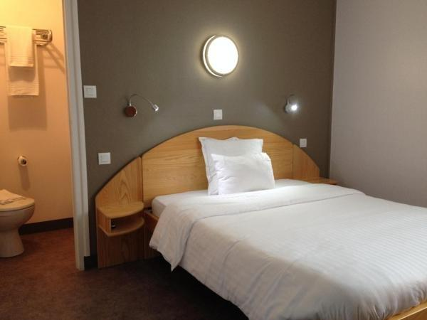 Hôtel Saint Jean - Holiday & weekend hotel in Bourges