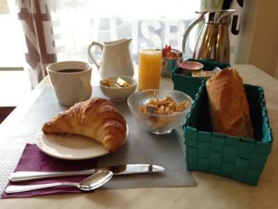 Hotel sandra h tel vizille for Restaurant a vizille