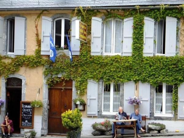 Hôtel Les Templiers - Holiday & weekend hotel in Luz-Saint-Sauveur