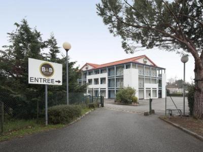 Saint p ray tourisme vacances week end for Cash piscine st peray