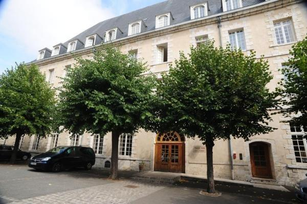 Hôtellerie Saint Yves - Holiday & weekend hotel in Chartres