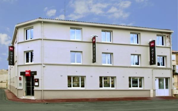 Ibis cognac hotel in cognac for Hotel cognac