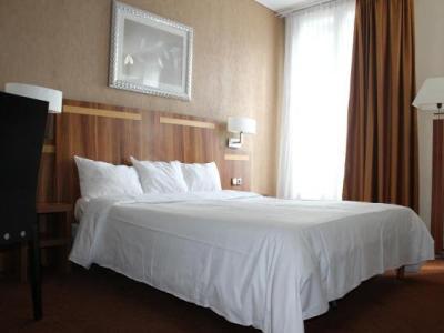inter hotel du grand monarque h tel nantes. Black Bedroom Furniture Sets. Home Design Ideas